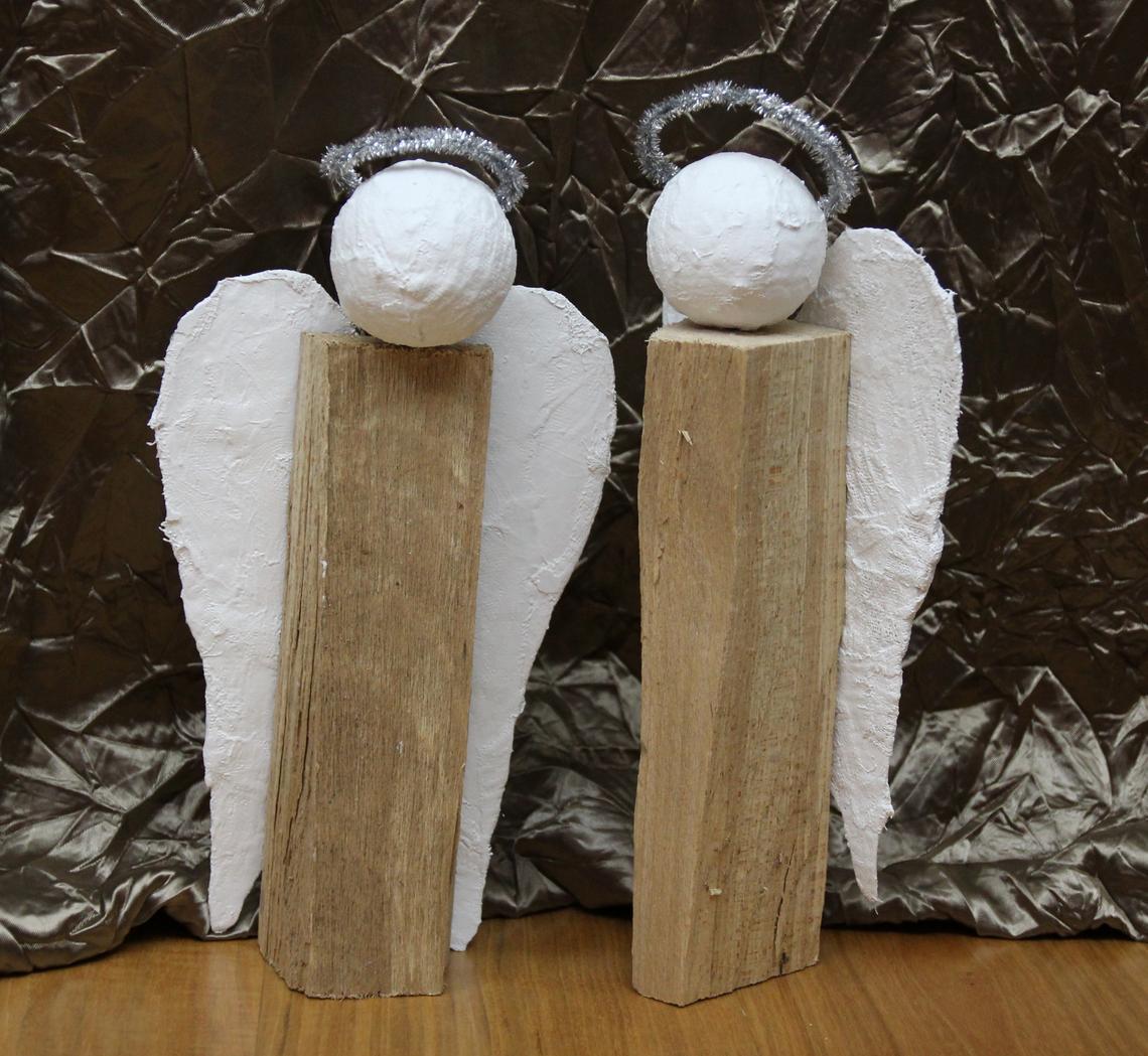Engel aus holzscheiten selbstgemachtes weihnachtsgeschenk for Engel basteln holz