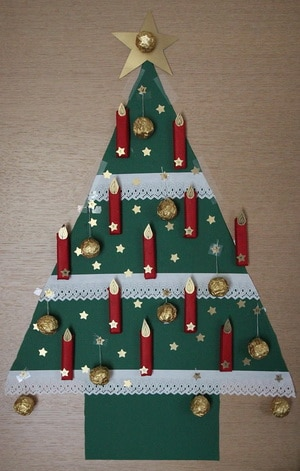 Diy idee adventskalender basteln muttis n hk stchen for Weihnachtsbaum selbst basteln