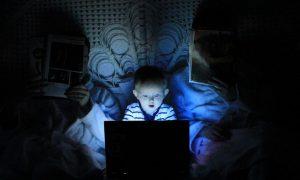 Kinder im Internet: Surfverhalten überwachen – ja oder nein?