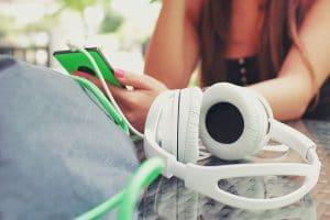 Jugendliche online: Mediennutzung der 12- bis 19-Jährigen