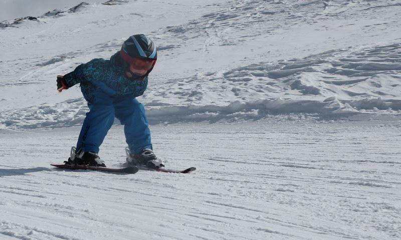 Winterurlaub mit Familie: Die 5 besten Skigebiete + ideale Unterkunft mit BestFewo