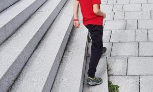 Kinder auslüften mit der kindgerechten Action-Watch vívofit® jr. 2 | Verlosung!
