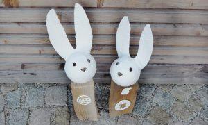 DIY-Idee für Ostern: Kaminholz-Osterhasen