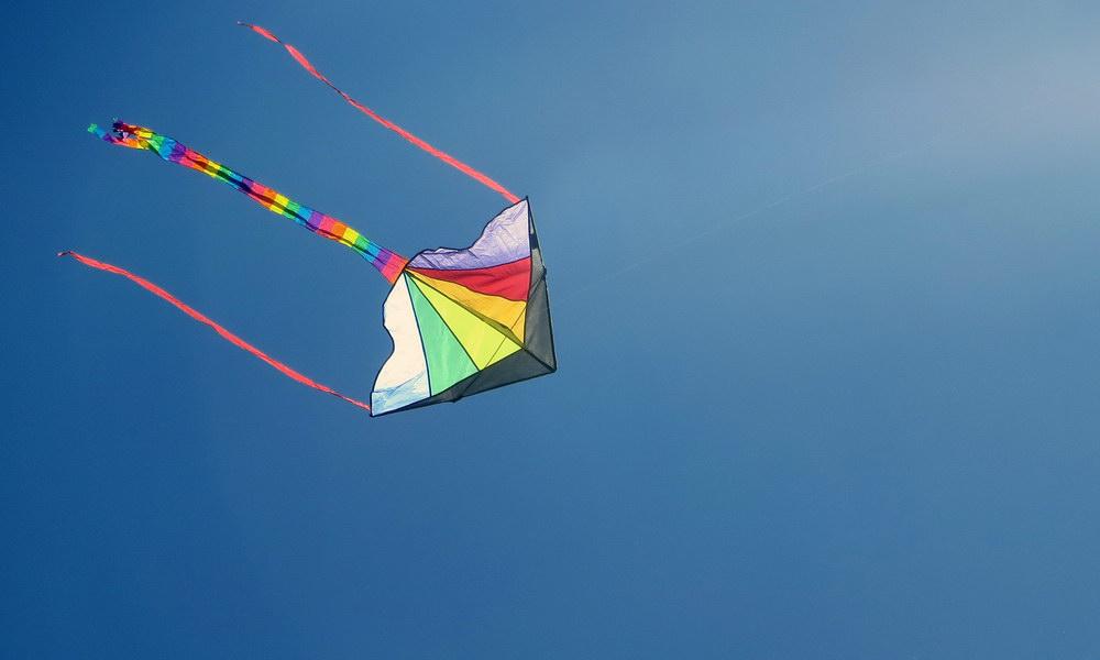 Idee für den Kindergeburtstag: Es fliegt, es fliegt …