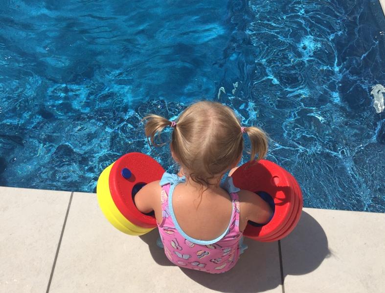 Die große Gefahr für Kinder: WASSER