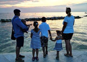 Entspannter Großfamilienurlaub – 5 Tipps damit es klappt