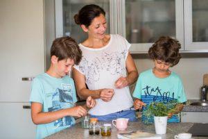 Claudia Schauflinger mit ihren Kindern