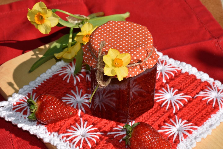 Marmeladen und Gelees