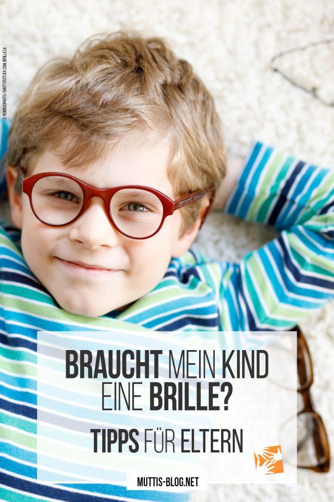 Braucht mein Kind eine Brille? Tipps für Eltern © Romrodphoto/Shutterstock.com/Brille24