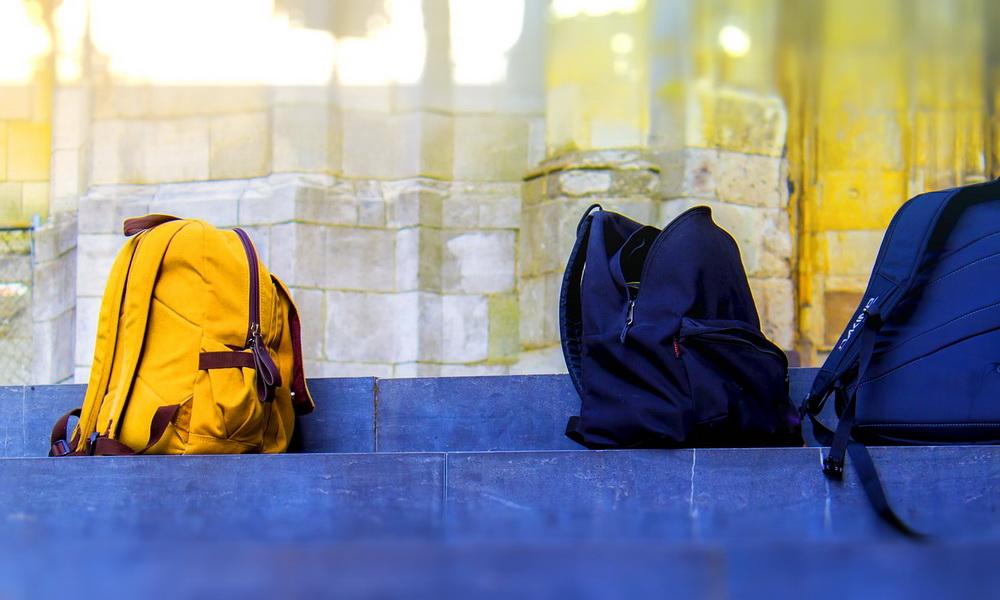 Rückengesundheit: Wieviel Schulranzen verträgt das Kind?