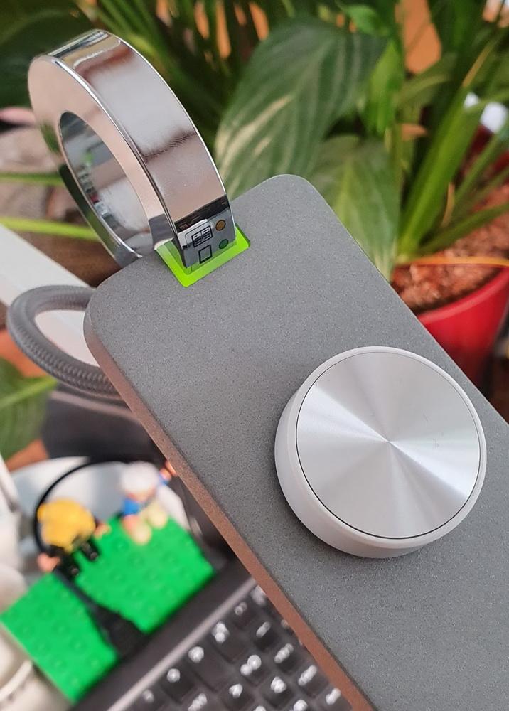 BenQ WiT eReading Leuchte: Automatische Anpassung an die Lichtverhältnisse