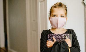 Der Mund-Nasen-Schutz und die kindliche Sprachentwicklung