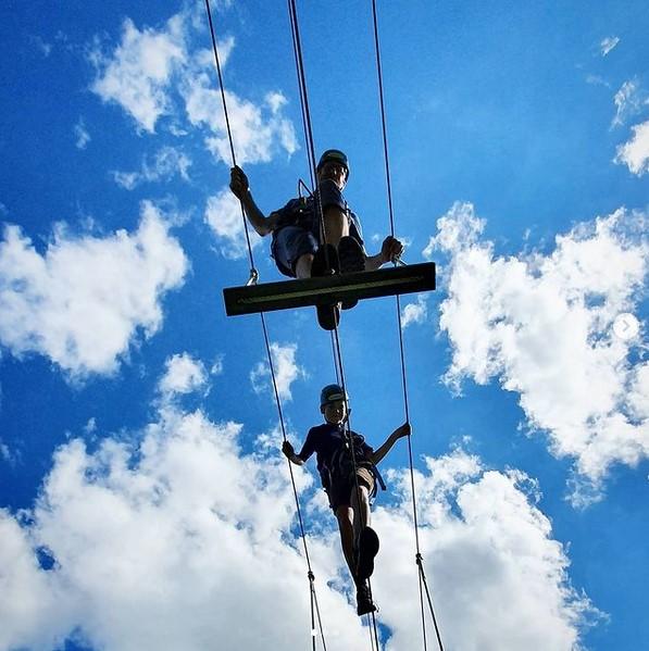 Aktivitäten mit Jugendlichen: Hochseilpark