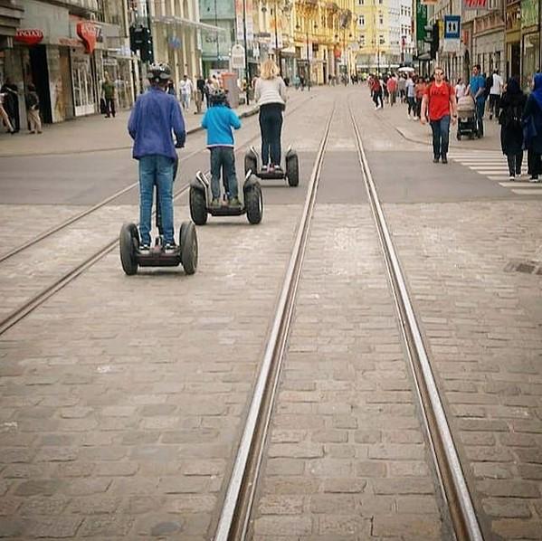 Aktivitäten mit Jugendlichen: Segway fahren