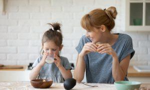 Sprachförderung im Alltag: 4 kleine Tipps mit großer Wirkung