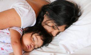 Mutter-Sein: Die größten Herausforderungen und wie man damit umgeht